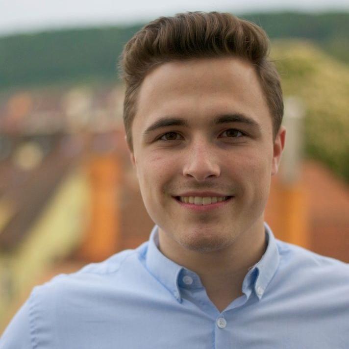 Arne Breitsprecher ist Vorstand des Fördervereins Jugendmedien.